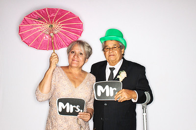 Lindsay & Raul Get Married at The Aspen Mountain Club-Aspen & Vail Photo Booth Rental-SocialLightPhoto com-55
