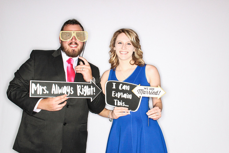Lindsay & Raul Get Married at The Aspen Mountain Club-Aspen & Vail Photo Booth Rental-SocialLightPhoto com-66