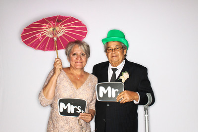 Lindsay & Raul Get Married at The Aspen Mountain Club-Aspen & Vail Photo Booth Rental-SocialLightPhoto com-54