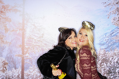 New Years Eve at The Sky Hotel In Aspen 2017-Colorado Photo Booth Rental-SocialLightPhoto com-11