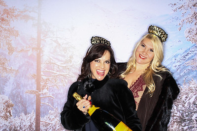 New Years Eve at The Sky Hotel In Aspen 2017-Colorado Photo Booth Rental-SocialLightPhoto com-10