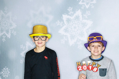 New Years Eve with the Hunt Family!-Aspen Photo booth Rental-SocialLightPhoto com-29