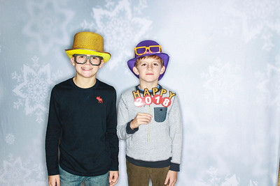 New Years Eve with the Hunt Family!-Aspen Photo booth Rental-SocialLightPhoto com-31