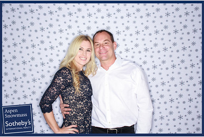 Sotheby's Aspen Snowmass Holiday Party 2013 -012