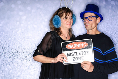 Structural Associates Holiday Party 2019-Aspen Photo Booth Rental-SocialLightPhoto com-39