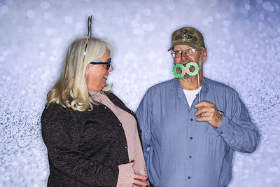 Structural Associates Holiday Party 2019-Aspen Photo Booth Rental-SocialLightPhoto com-38