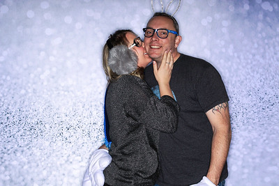 Structural Associates Holiday Party 2019-Aspen Photo Booth Rental-SocialLightPhoto com-35