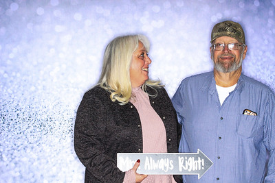Structural Associates Holiday Party 2019-Aspen Photo Booth Rental-SocialLightPhoto com-30