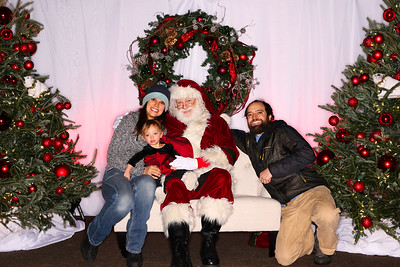 The Little Nell Tree Lighting 2018-Aspen Photo Booth Rental-SocialLightPhoto com-16