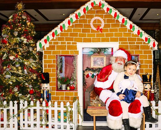 The St  Regis Aspen Gingerbread House Unveiling with Santa Claus 2018-Aspen Photo Booth Rental-SocialLightPhoto com-60