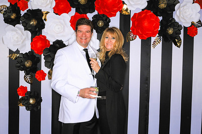 The Little Nell Aspen Celebrates New Years Eve 2020-Aspen Photo Booth Rental-SocialLightPhotobw com-23