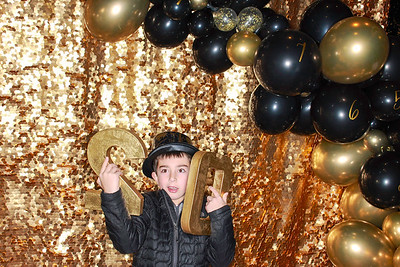 The Roaring Fork Club Celebrates New Years Eve 2020-Aspen Photo Booth Rental-SocialLightPhotobw com-17
