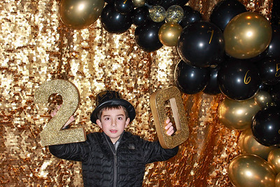 The Roaring Fork Club Celebrates New Years Eve 2020-Aspen Photo Booth Rental-SocialLightPhotobw com-15