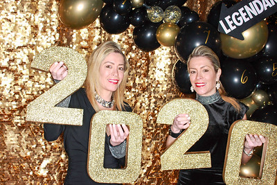 The Roaring Fork Club Celebrates New Years Eve 2020-Aspen Photo Booth Rental-SocialLightPhotobw com-25