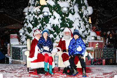 The St  Regis Aspen Annual Tree Lighting 2019-Aspen Photo Booth Rental-SocialLightPhoto com-28