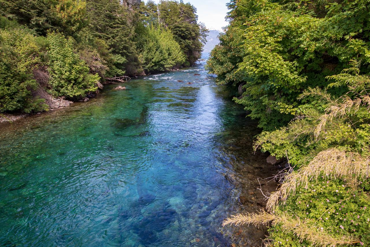 World's Shortest River Rio Correntoso