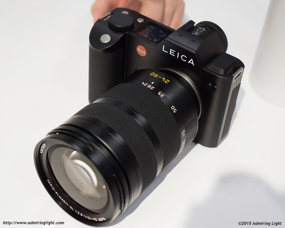Leica SL with lens