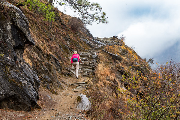 Sarah Trekking Tiger Leaping Gorge