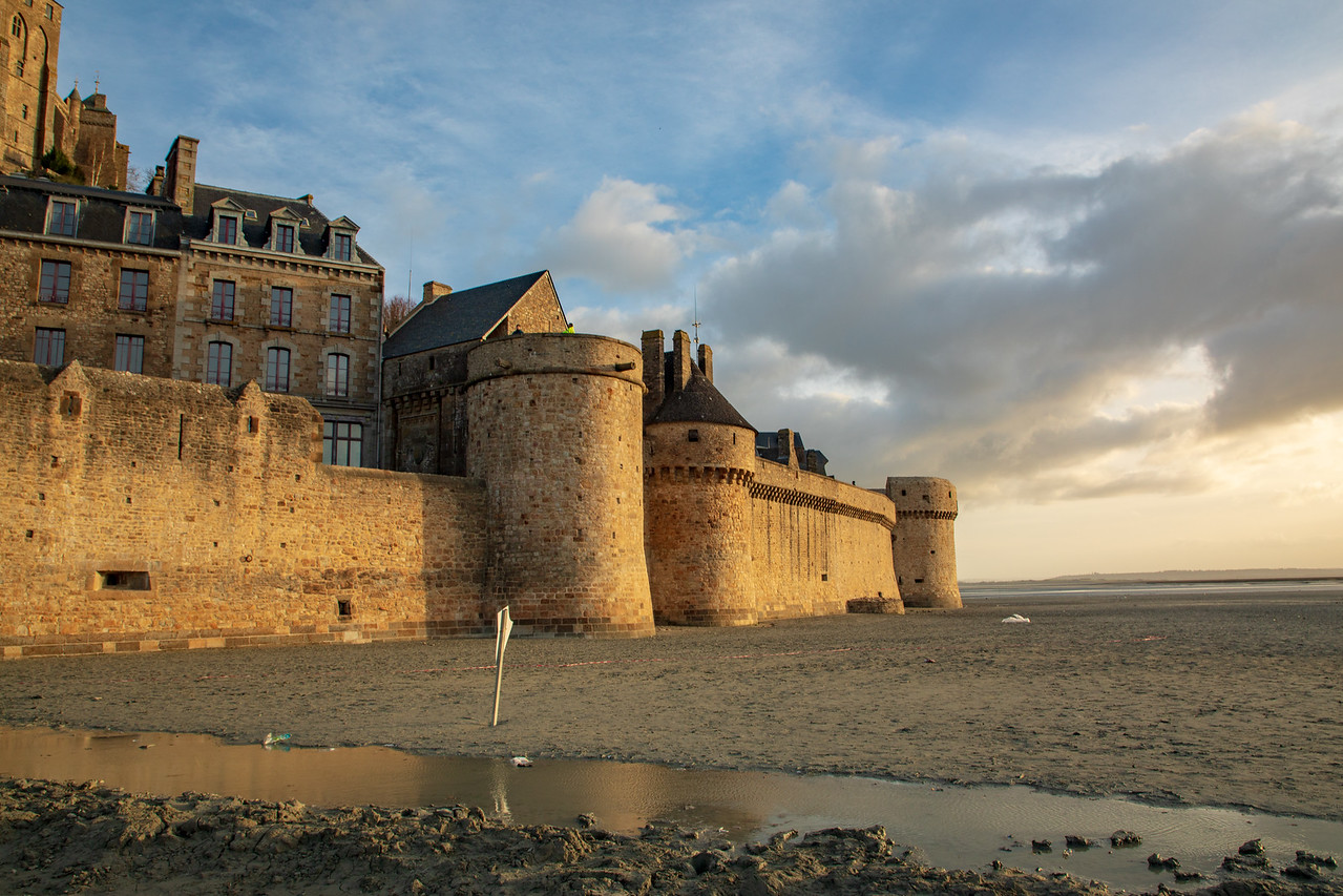 Picture of the Defense Walls at Mont Saint Michel at low tide