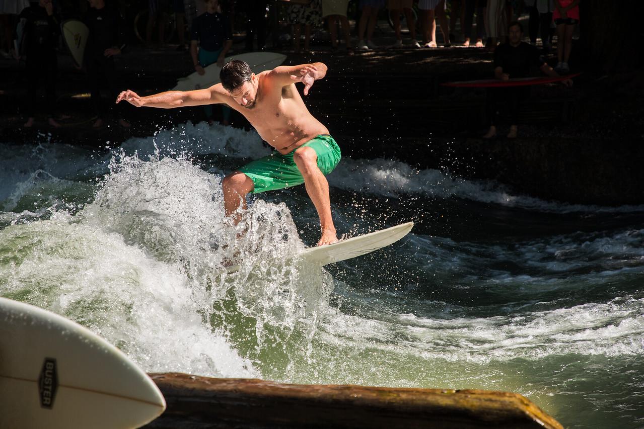 Surfing, yes, SURFING in Munich