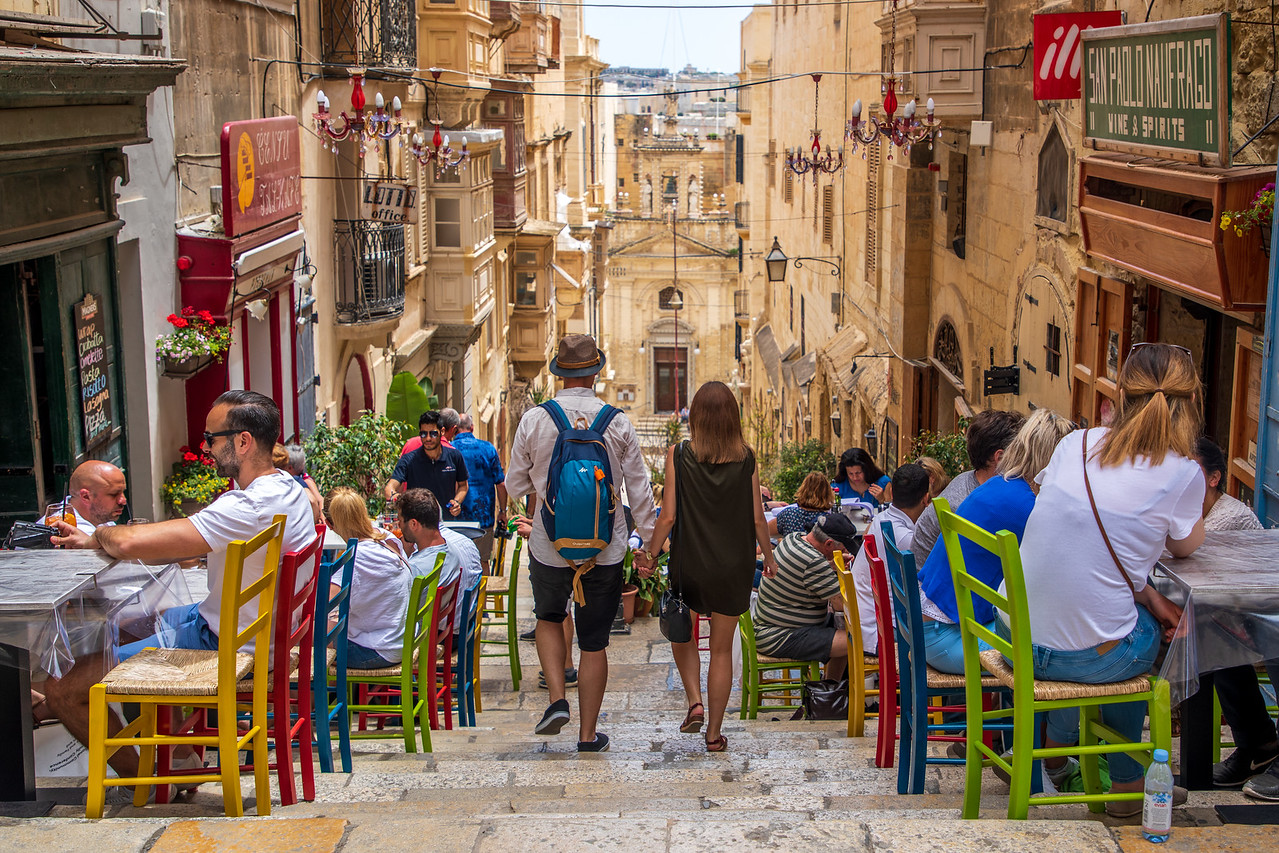 Dining Outdoors in Valleta Malta