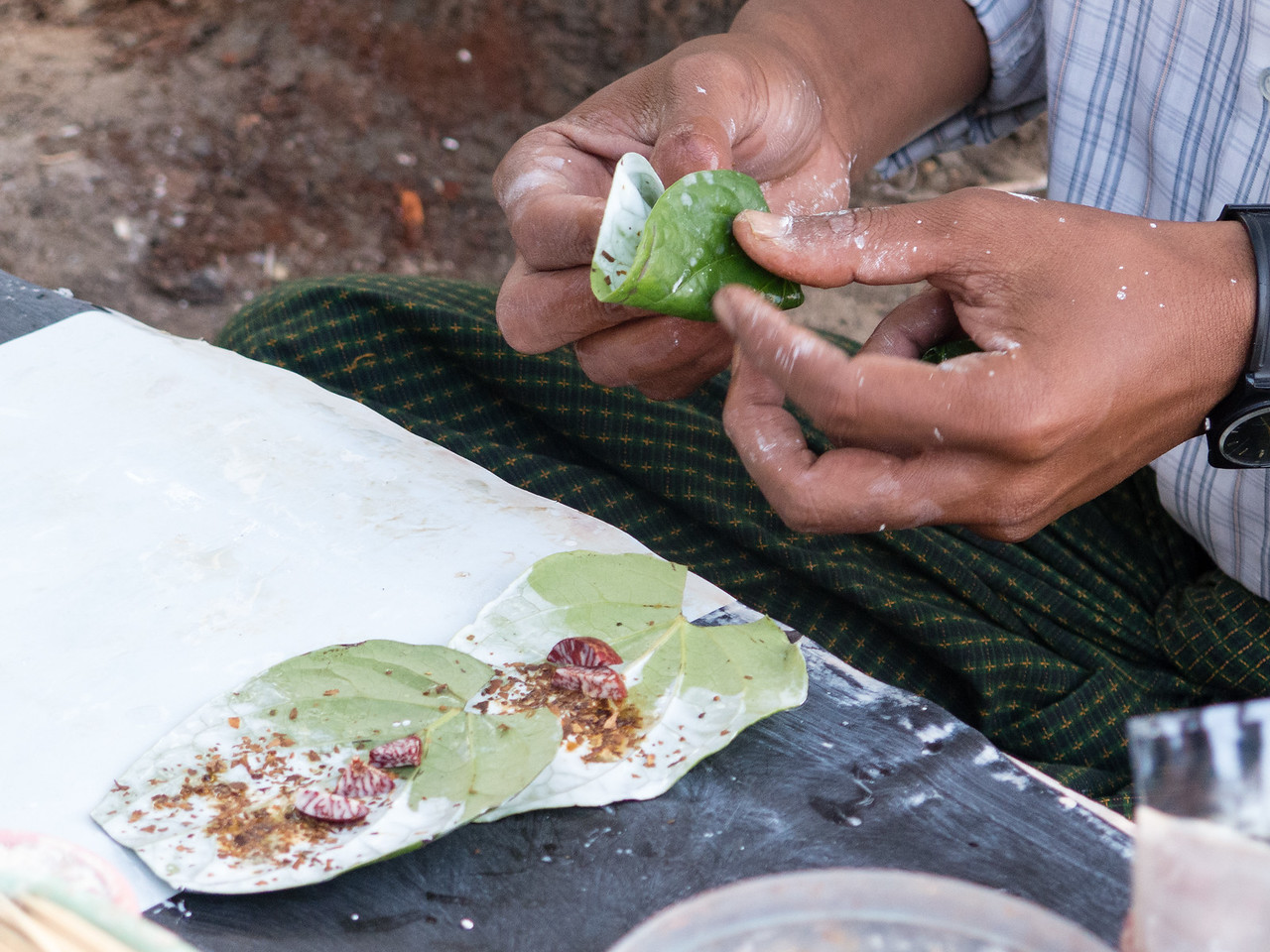 Folding the Betel Nut Paans