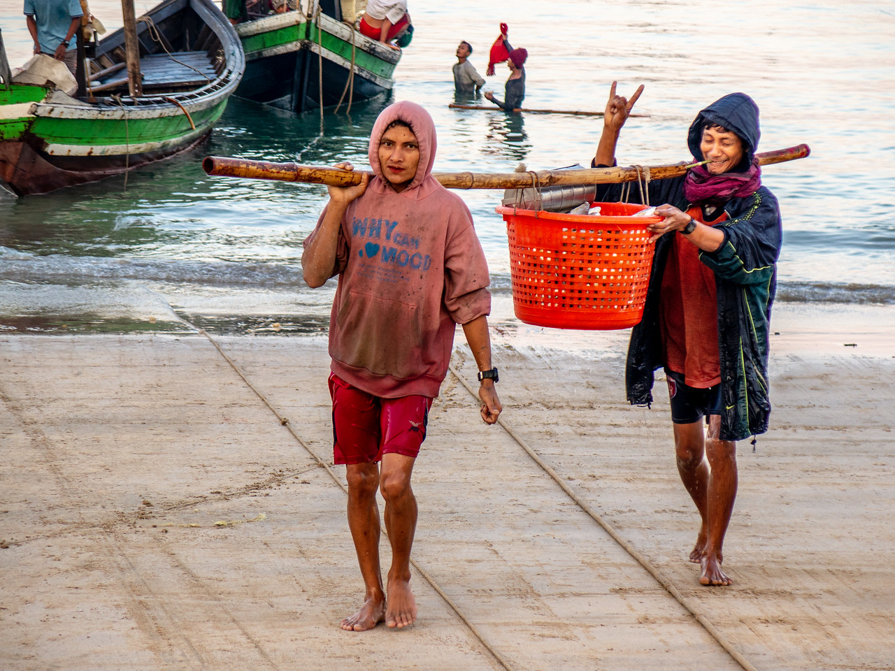 Myanmar Fishing Requires Teamwork and Perhaps a Bit of Humor