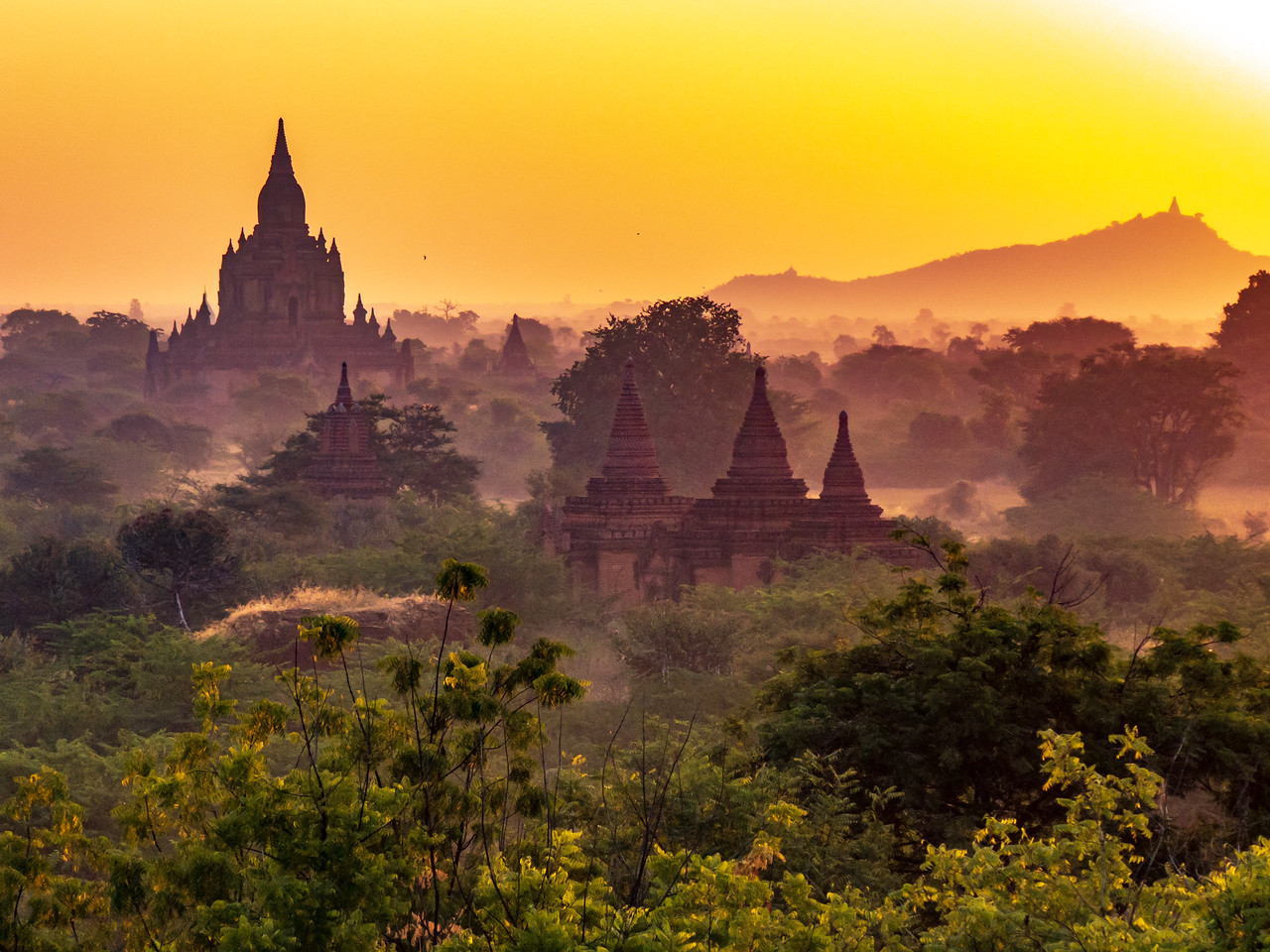 Sunrise on the Plains of Bagan
