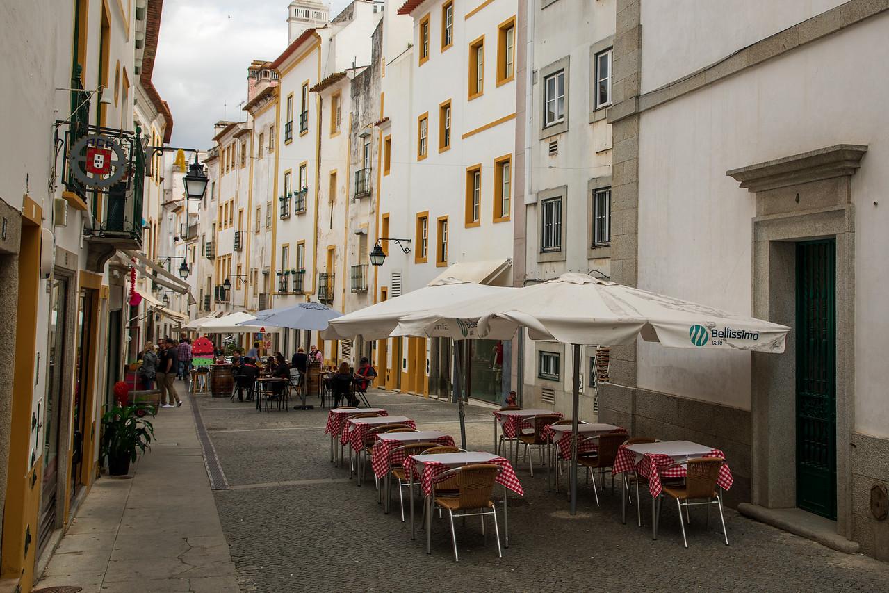 Street Cafe in Evora