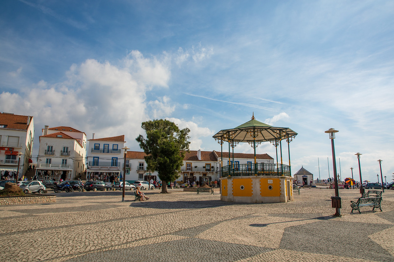 Nazare Sitio Main Square