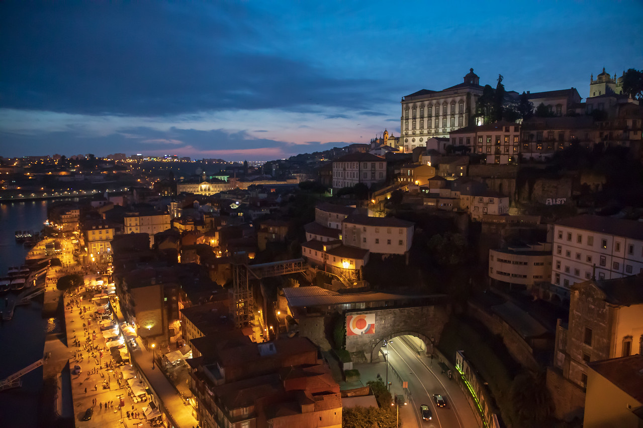 With Only 3 Days in Porto, it is Essential to See it By Night