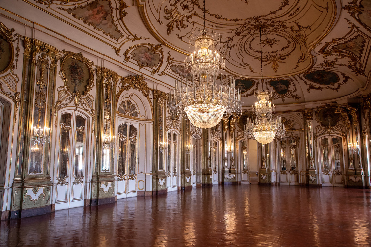 The Throne Room in Queluz Palace (Palacio de Queluz)