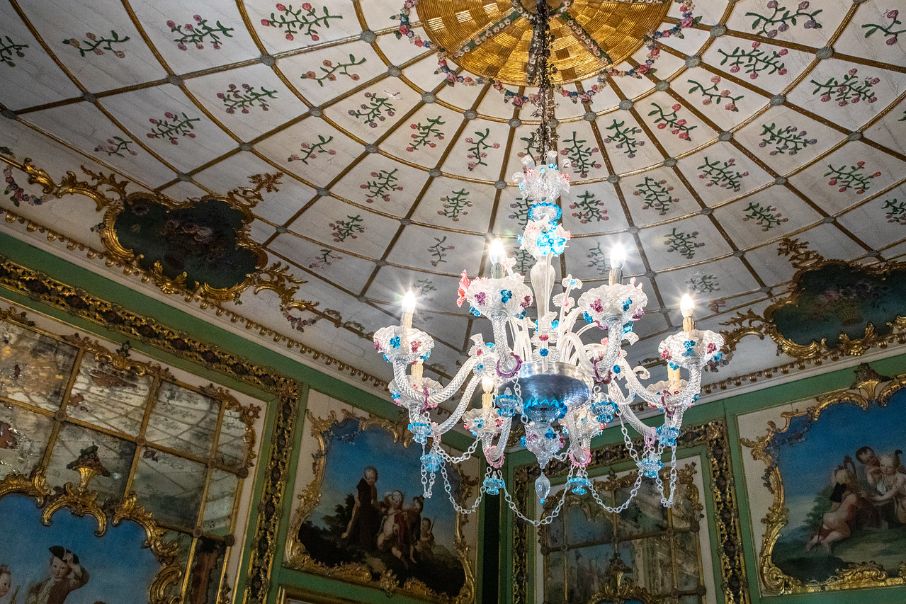 Photo of Rococo Lighting and an Impressive Ceiling in Palacio Queluz Queluz National Palace Palacio de Queluz