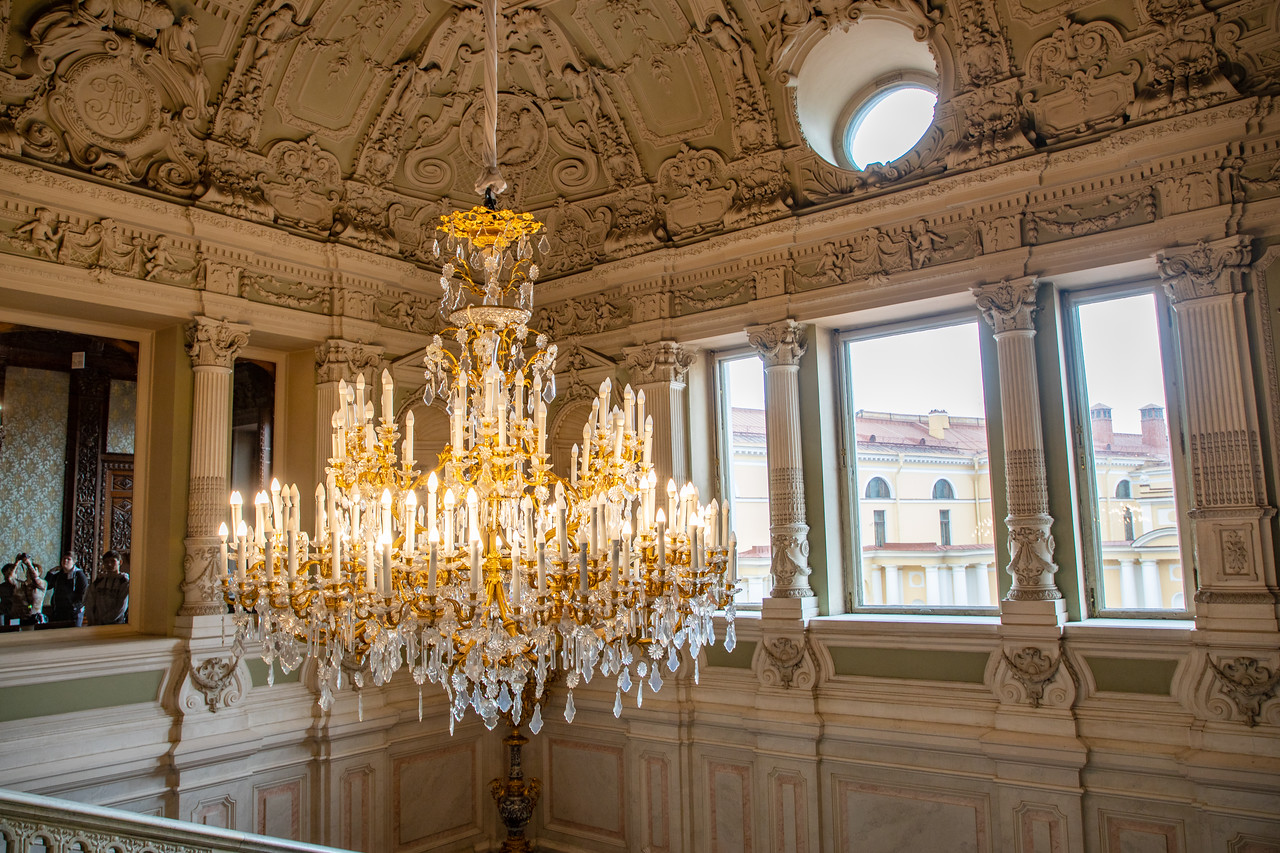 Chandelier in Yusupov Palace
