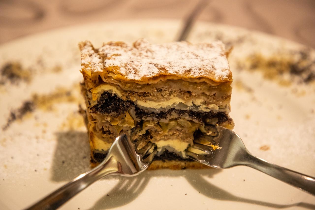 Десерты всегда являются изюминкой Любляны Чем заняться в Любляне, Словения Чем заняться в Любляне, Словения BL2A9465 X2
