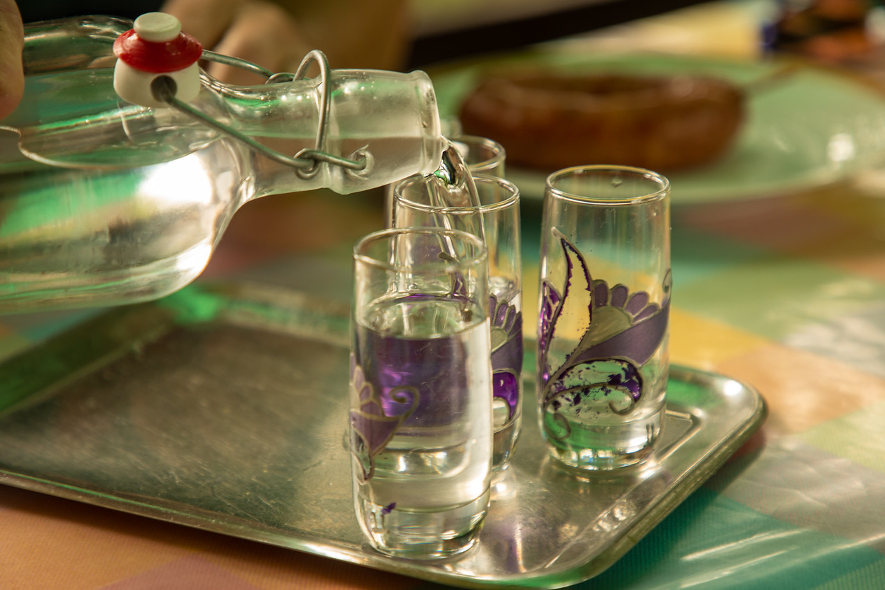 Словенская ракия / шнопс / шнапс Словенская еда и вино Словенская еда и вино BL2A9612 X2