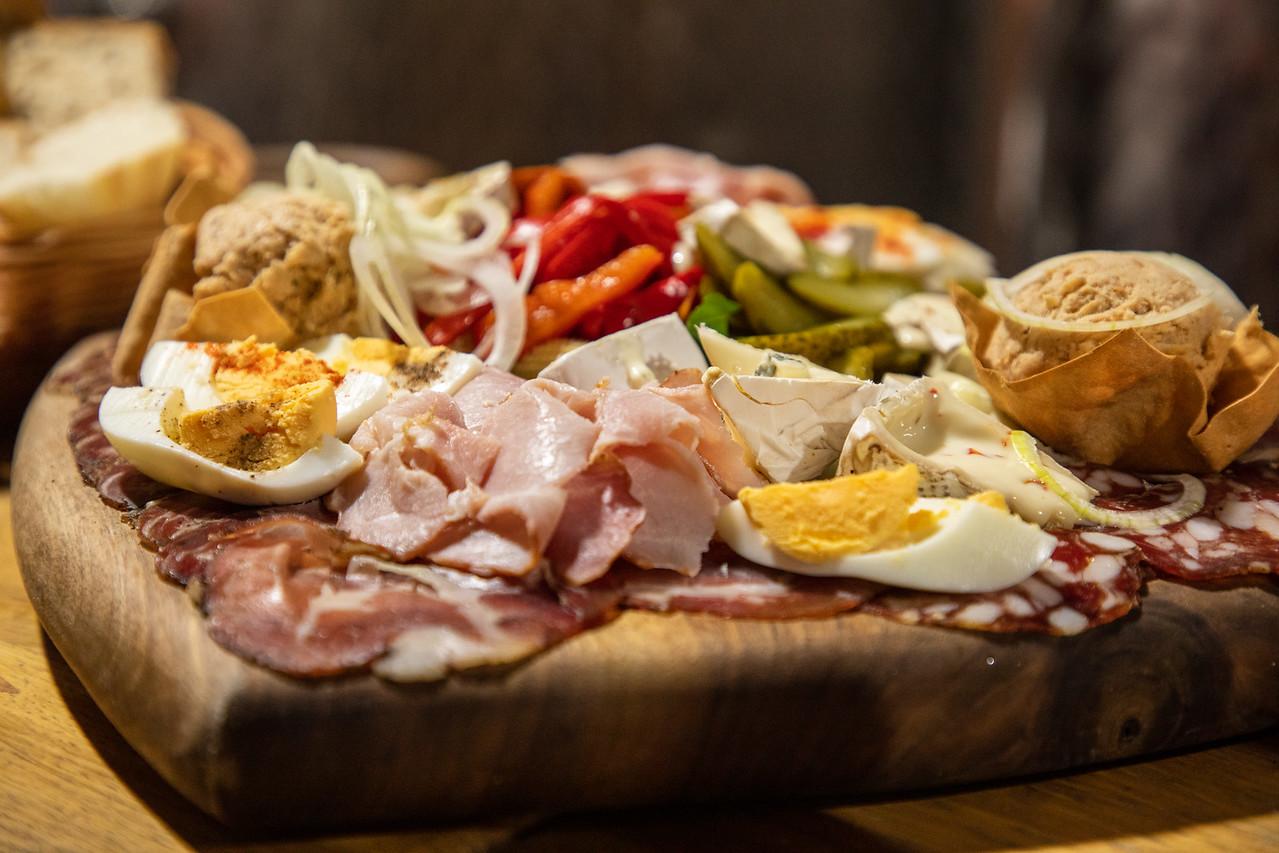 Словенская еда и вино Словенская еда и вино BL2A9748 X2
