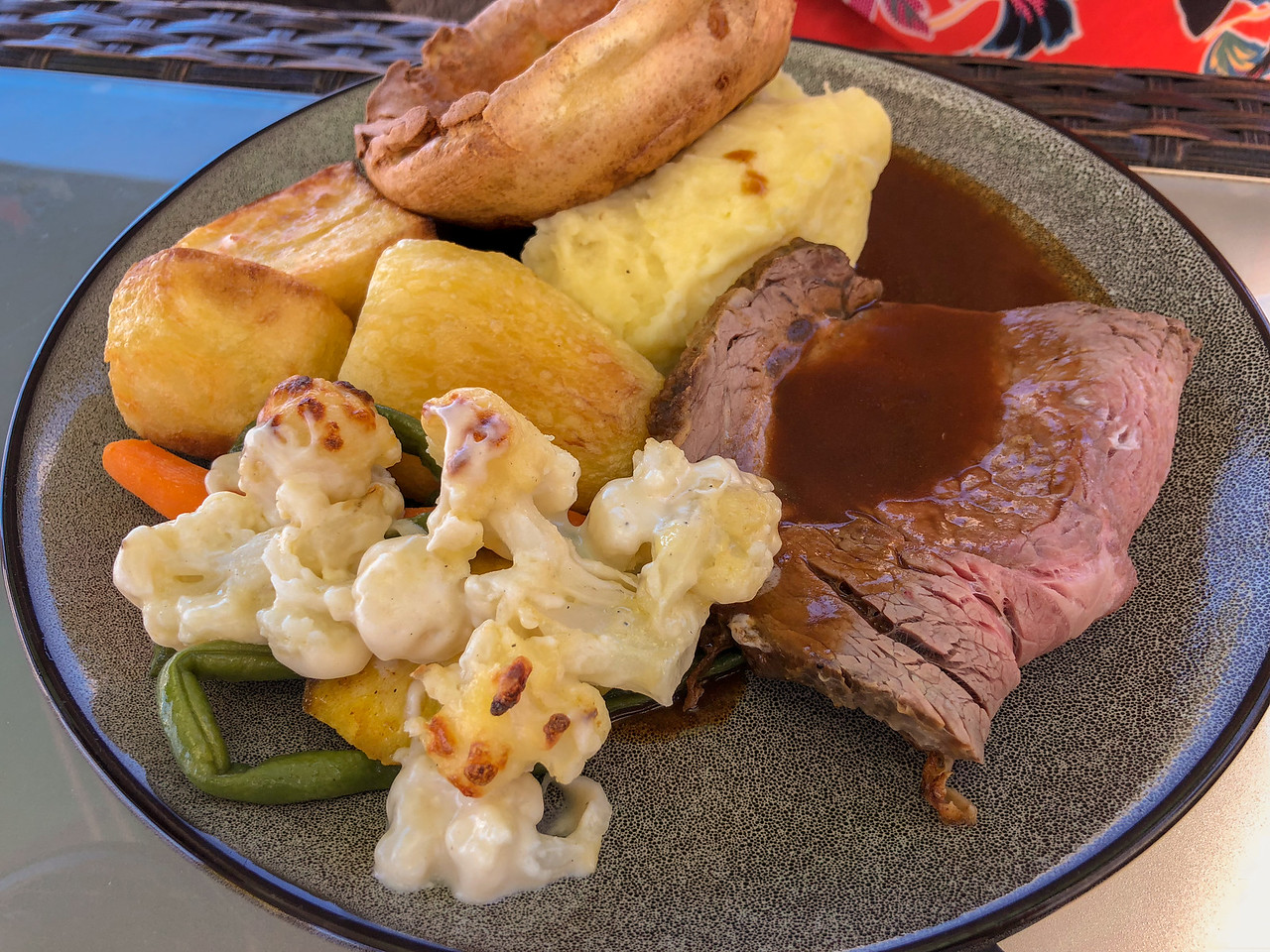 Sunday Roast at Lounge Gastro Bar on Queensway Quay in Gibraltar