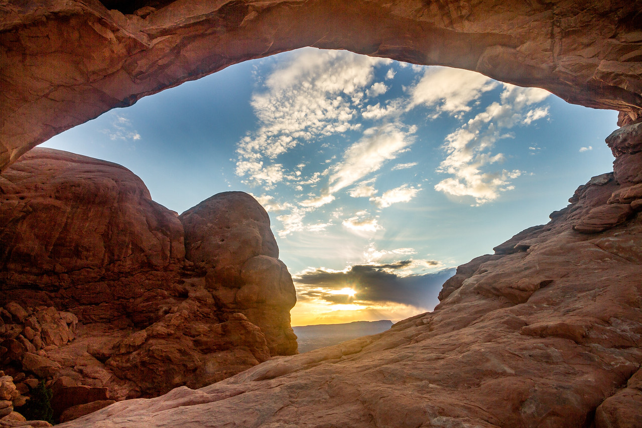 Sunrise through South Window Arch