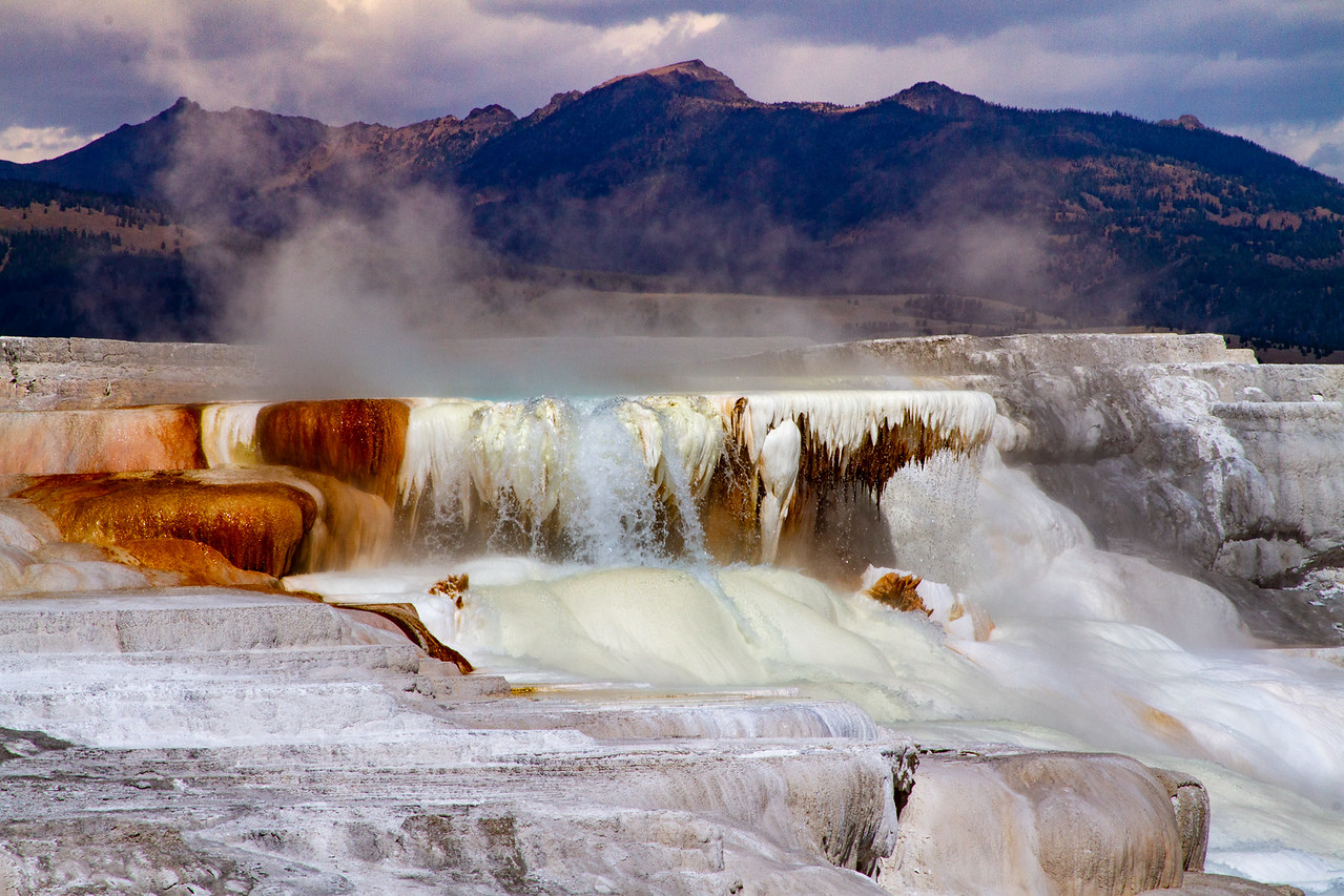 Photo of Mammoth Hot Springs at Yellowstone National Park