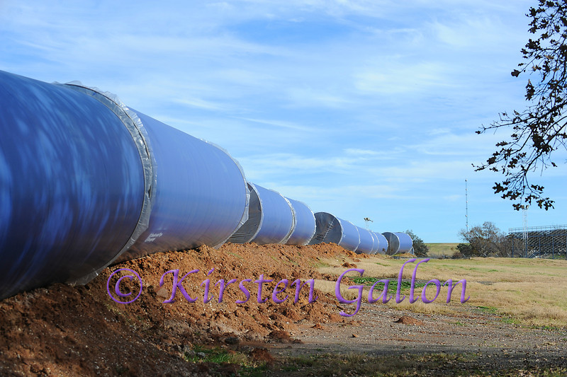More pipe to be used in the lengthy water line that runs from Lake Palestine in east Texas to Benbrook Lake in Tarrant County.