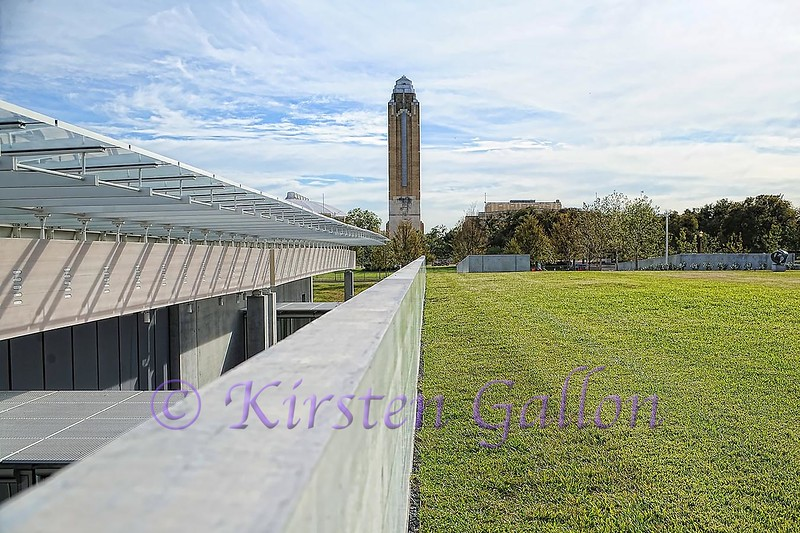 Renzo Piano Pavilion<br /> The roof of the second part of the Pavilion plays double duty. It is also a lawn area where visitors can walk around.  Directly below is the West Gallery and auditorium.  Looking south, one can see the Will Rogers Clock Tower. The two buildings are connected by glass enclosed walkways.