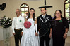Elton Plaster et la jeune mariée Silvana dans l'eglise avec ses parents biologiques, les Aliprandi , Espiritu Santo, Bresil, Mai 19, 2012.  (Austral Foto/Renzo Gostoli)