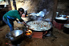 Cuisine de la fete de mariage, Espiritu Santo, Bresil, Mai 19, 2012.  (Austral Foto/Renzo Gostoli)