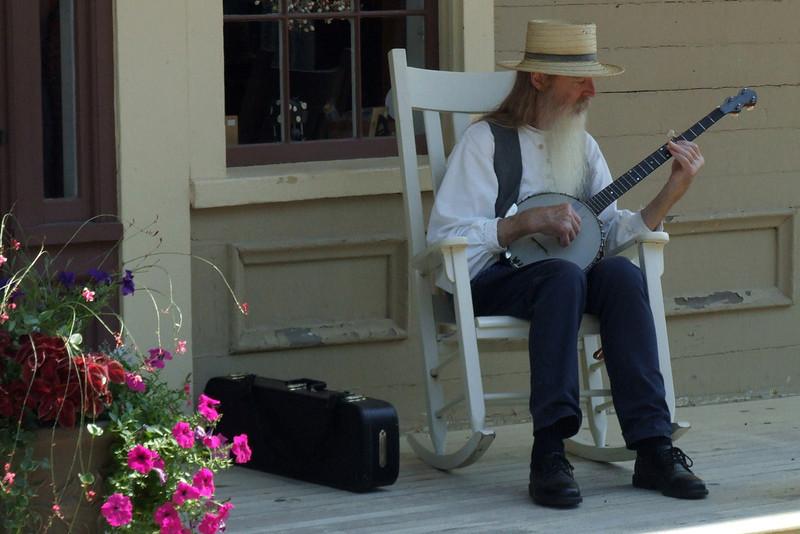 Bob Erickson-banjo-player