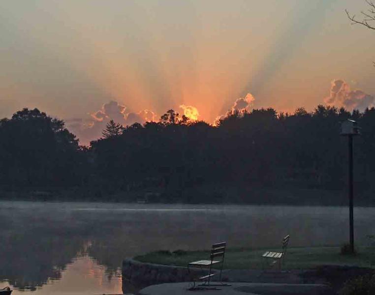 Bob Erickson-sunrise-at-lake