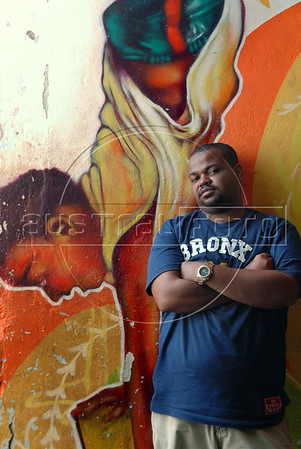 "CLARIN 01- CON NOTA DE ELEONORA GOSMAN - ""Feijao"" coordinador de Afroreggae, Rio de Janeiro, Brasil,  Octubre 30, 2009.  (Austral Foto/Renzo Gostoli)"