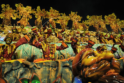 Members of Unidos da Tijuca samba school perform at the Sambadrome during the samba school parade, Rio de Janeiro, Brazil, February 10, 2013. The Unidos da Tijuca Samba school parade pays tribute to Germany during Rio de Janeiro's 2013 carnival celebrations. (Austral Foto/Renzo Gostoli)