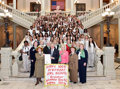 Governor Nathan Deal and GA First Lady Sandra Deal join the Girl Scouts