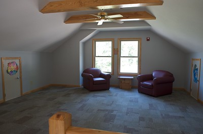 'Tree House' main building interior, loft